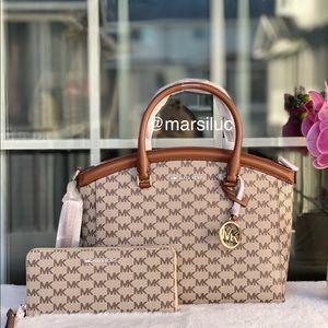 New Mk  medium  satchel set